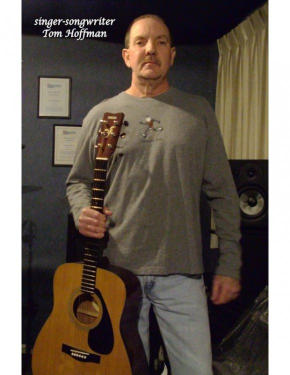 5a35654a4f0ac_Singer-Songwriteredit.thumb.jpg.d055eeeb90ac861d68eff37e5927512e.jpg